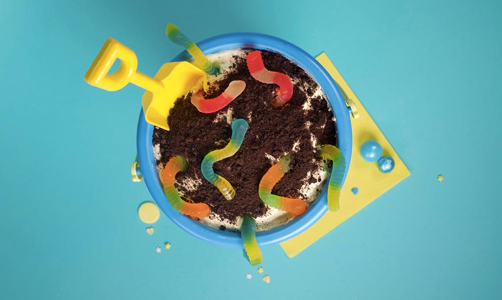 Dirt Worm Pudding Pie