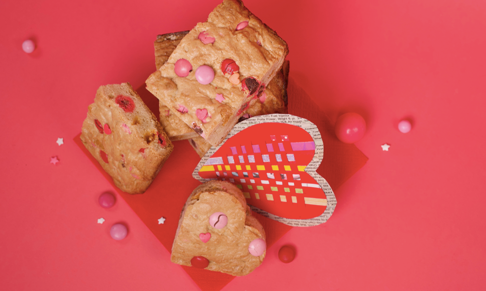 Valentine Blondies