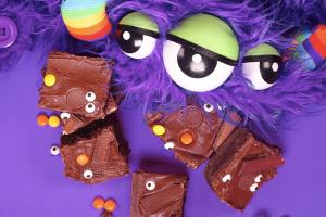 Monster Brownies Unicorn Cookbook: Easy To Bake!